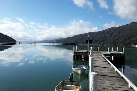 Paradise at Anakiwa, Marlborough - Anakiwa - Wohnung