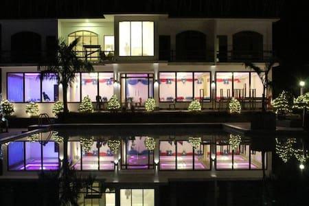 Sundar Resort: for a soul searcher (Superior room) - Otros