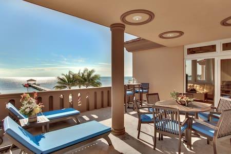 Villa Del Mar: 111312 - Villa