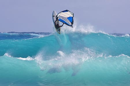 Ideal for surfers, kiteboard, SUP