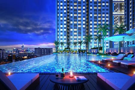Luxury Horse Square apt.-district 2 - Apartemen