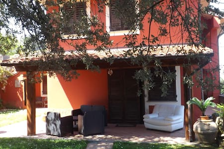 Camere spaziose e luminose - Bed & Breakfast