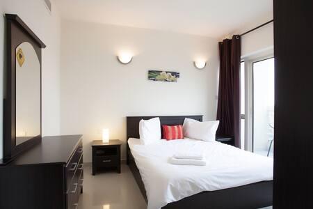 Cozy apartment in JLT, Dubai Gate