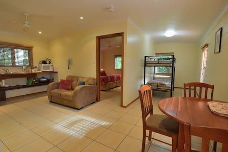 Summit Rainforest Retreat - 1BR Apt - Atherton - Apartment