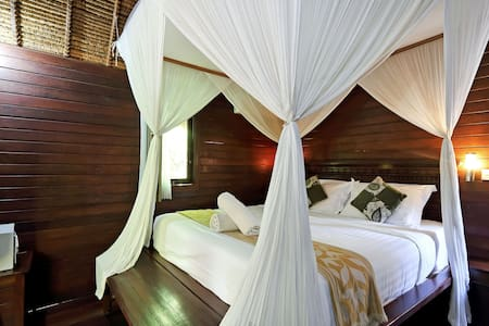 Feel Home @ Nicho's Bungalows & Villas - NB02 - Nusapenida - Domek parterowy