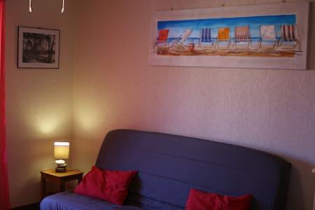 Bord de mer appartement pour 4 pers - La Londe-les-Maures