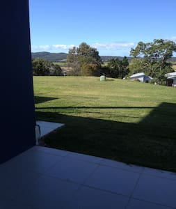 WOW Factor unit with panoramic views SSC Qld - Apartmen