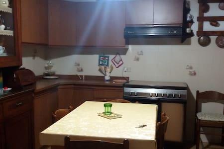 Casina del Relax - Retignano - Apartment
