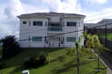 Casa alto padrão-condomínio fechado - Itupeva