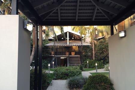 Cosy Beach House - Reihenhaus