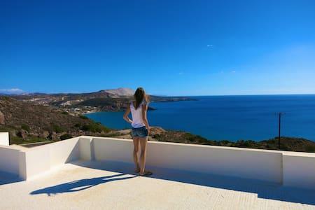Double Room in villa with a stunning sea view - Milos - Villa
