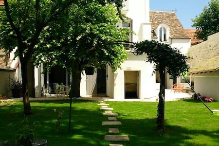 Maison de Maître à la Campagne proche de Paris - Linas - Ev
