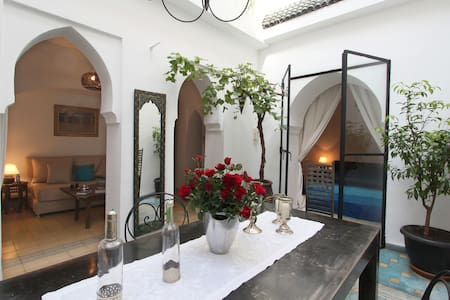 suite   in a charming riad in a quiet place - Marrakesh