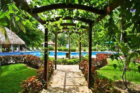 #108 Condo Resort,Secluded,Gorgeous - Quepos - Apartment
