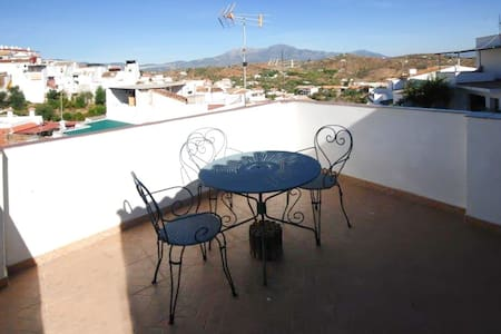 1-bed townhouse near golf and beach