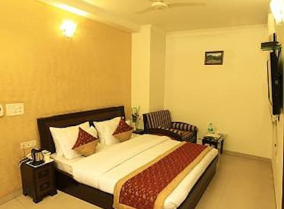 Deluxe A.C. Rooms in your Budget