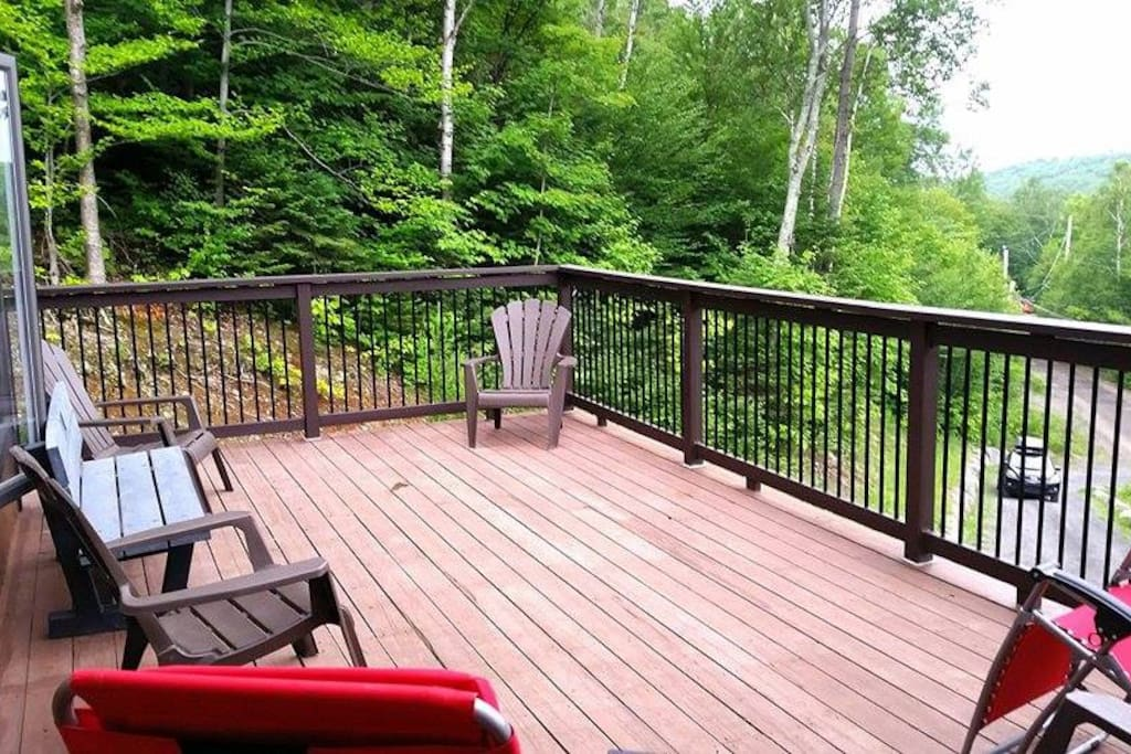 Deck with view on the lake