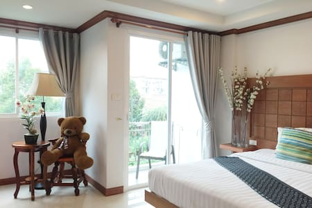 Room in Patong entertainment area - Patong - Appartement