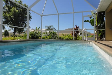 Pool Spa House - Cape Coral