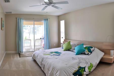 Pool Spa House - Cape Coral - Villa
