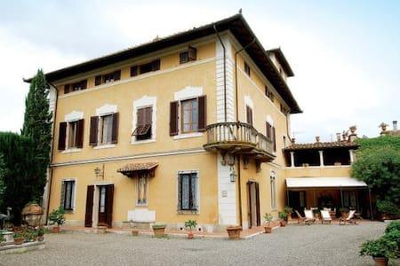 Camera in Villa in Maremma - Campagnatico - Villa