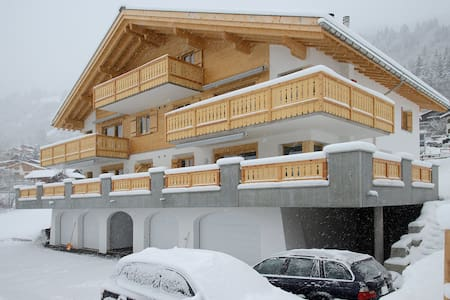 Chalet Raschnal - Mountain chic - Apartment