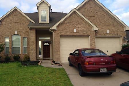 Houston Area- Spacious Family Home - Ház