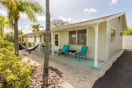 Charming Lido Cottage  - Sarasota - Dům