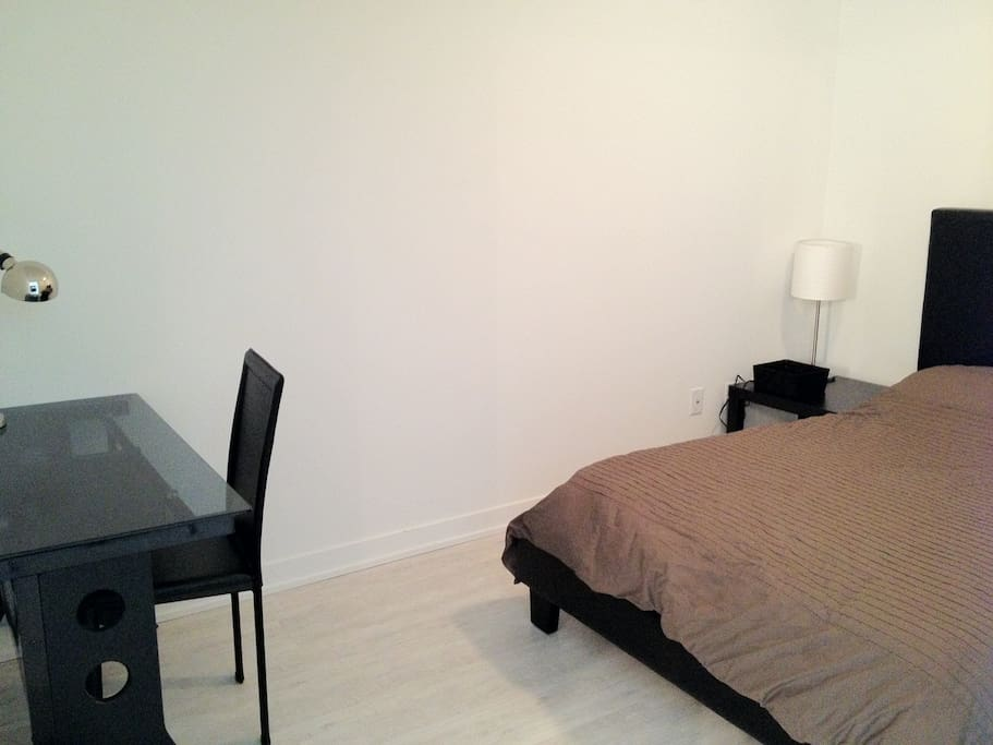 Guest Room - Double Bed + Office Area