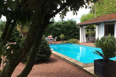 Chambres d'hôtes en charolais - Bed & Breakfast