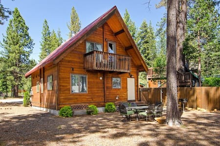 Lakeview House-Steps from the Beach - Tahoe Vista - Casa