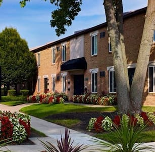 Entire Apartment for Pope Visit!! - Huoneisto