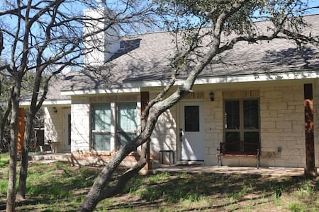 Austin-Hill Country Hideaway