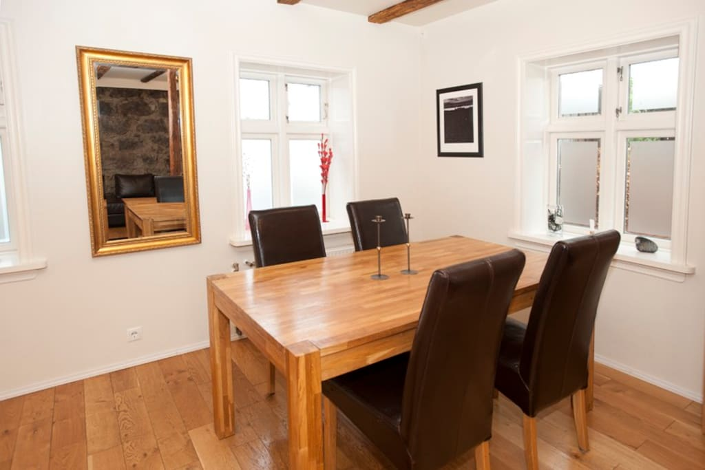Nice apartment in central reykjavik apartments for rent for Icelandic fish and chips nyc