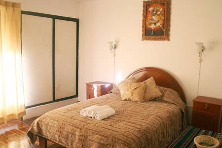 Doble bedroom w/ private bathroom