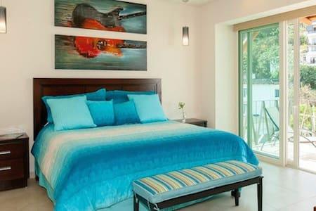 V177 Luxury Condominiums 404 - Romantic Zone - Puerto Vallarta - Condominium