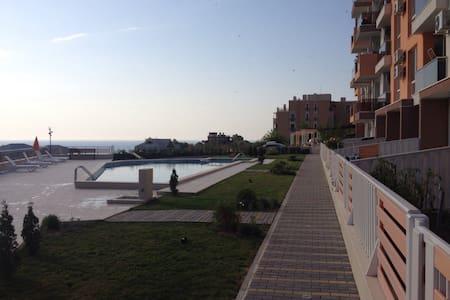 Студия на курорте в Болгарии - Apartment