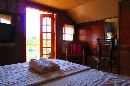SMALLER BEDROOM WITH BIG SEA VIEW - Cebu City - Maison