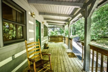 Room type: Entire home/apt Property type: Cabin Accommodates: 9 Bedrooms: 2 Bathrooms: 3