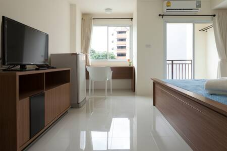 Brand New Apt in Nimman (Rm 1 of 6) - Chiang Mai - Apartment