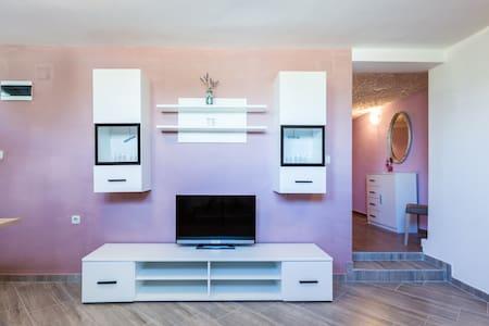NEW - AMAZING 1 BED. APARTMENT! - Kukljica - Villa