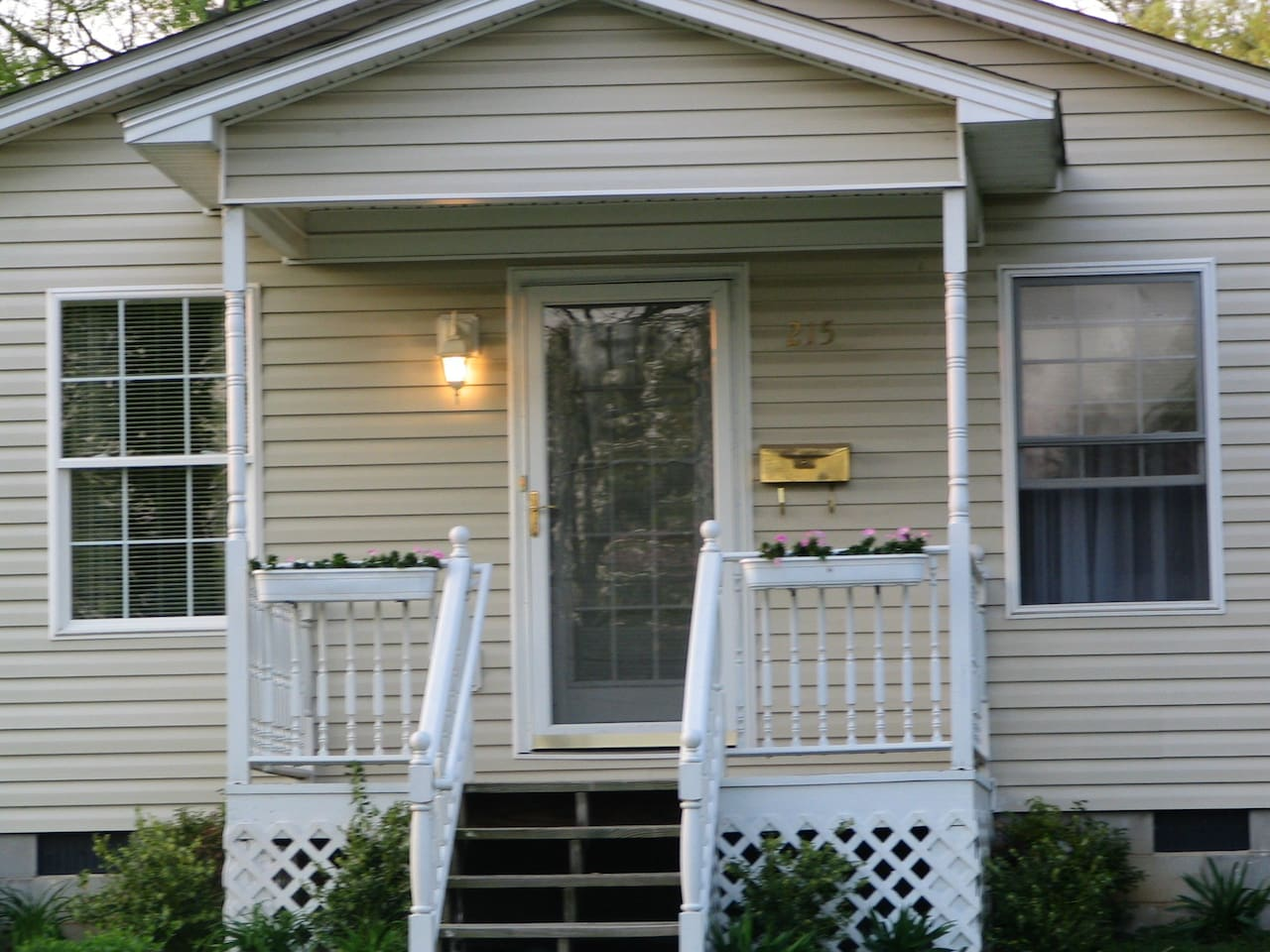 The Cottage of The Corner House B&B