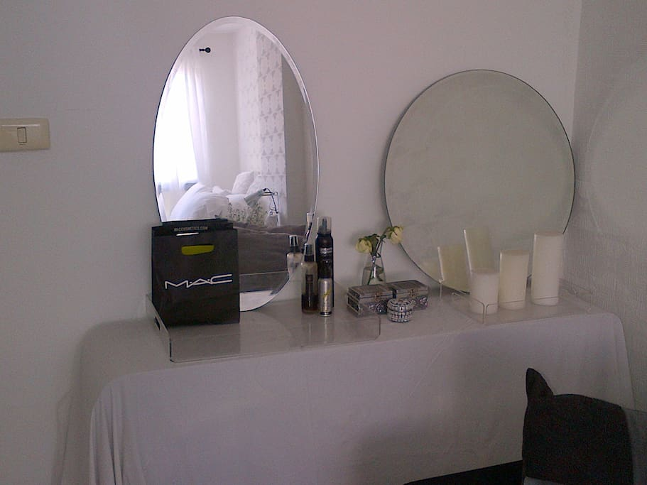 dressing table with hairdryer