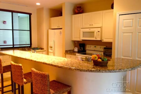 Luxury Pacifico 2 Bed Condo L-1114