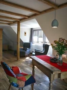 Lieblingswohnung im Elbtal mit Fahrradverleih - Coswig - Lägenhet
