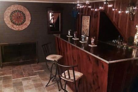 Basement w/ Built in Bar & Games - House