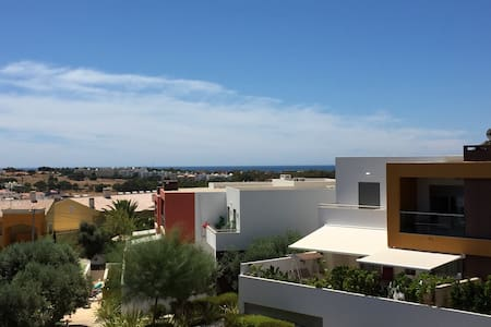 Luxury apartment with 2 pools and sea view! - Daire