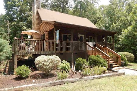 AWESOME Cabin! Minutes to TIEC - Rutherfordton - Casa