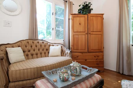 Charming Guesthouse Studio