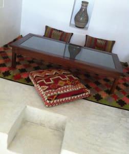 Dar Gaïa : Suite Junior Agadez - Bed & Breakfast